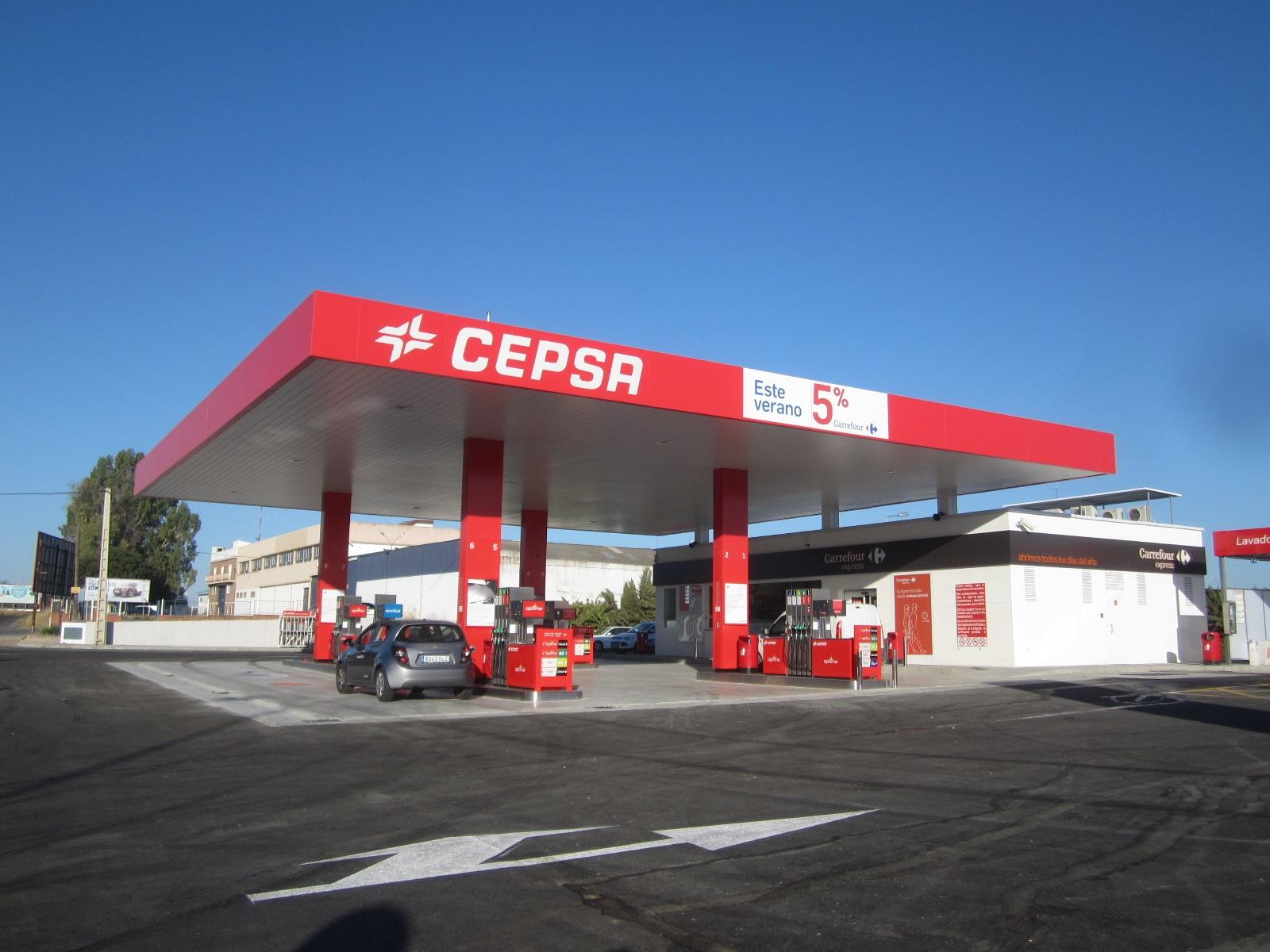 construcción de gasolineras y E.S.